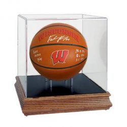 Wisconsin_Basketball_Case_grande
